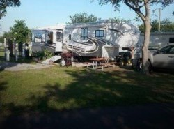 Used 2008  Heartland RV Landmark 40 Fifth Wheel by Heartland RV from POP RVs in Sarasota, FL