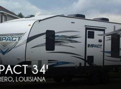 Used 2015  Keystone Impact 303 Toy Hauler