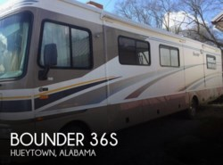 Used 2004  Fleetwood Bounder 36S by Fleetwood from POP RVs in Sarasota, FL