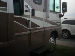 Used 2005  Winnebago Adventurer 35A by Winnebago from POP RVs in Sarasota, FL