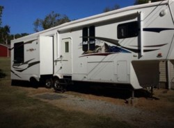 Used 2009  Heartland RV Bighorn 3370RL by Heartland RV from POP RVs in Sarasota, FL