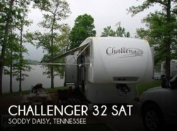 Used 2009  Keystone Challenger 32 SAT by Keystone from POP RVs in Sarasota, FL