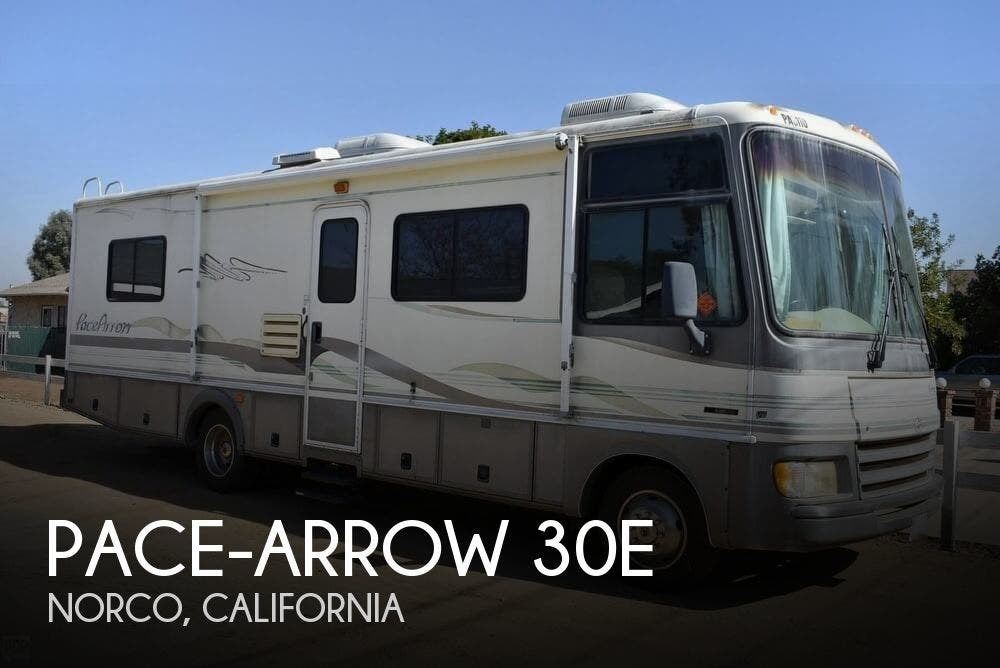 1998 Fleetwood RV Pace-Arrow 30E for Sale in Norco, CA 92860 | 164196