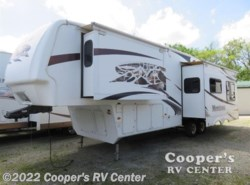 Used 2009  Keystone Montana 3000 RK by Keystone from Cooper's RV Center in Apollo, PA