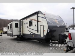 New 2017  Palomino Puma 31-RLQS by Palomino from Cooper's RV Center in Apollo, PA