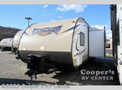 New 2017  Forest River Wildwood X-Lite 273QBXL by Forest River from Cooper's RV Center in Apollo, PA