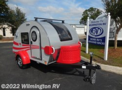 New 2017  Little Guy Tag Max Front Window/Roof Racks/Ext Shower by Little Guy from Wilmington RV in Wilmington, NC