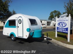 New 2017  Little Guy T@B Max CS-S Sofitel Int/Outside Shower by Little Guy from Wilmington RV in Wilmington, NC