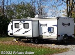 Used 2015 Forest River Wildwood X-Lite 272QB available in Fort Wayne, Indiana