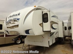 Used 2011 Keystone Outback 330-FRL available in Bushnell, Florida