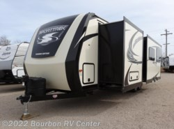 New 2017  Venture RV SportTrek 302VBH Touring Edition by Venture RV from Bourbon RV Center in Bourbon, MO