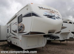 Used 2011  Keystone Montana 3150RL by Keystone from Camper Clinic, Inc. in Rockport, TX