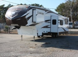 Used 2014  Keystone Laredo 280SBH by Keystone from Camper Country in Myrtle Beach, SC