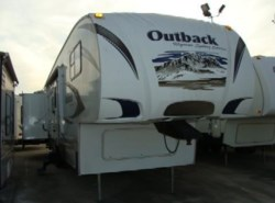 Used 2009  Keystone Outback Sydney 320FDS by Keystone from Camperland Trailer Sales in Conroe, TX