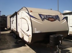 New 2017  Forest River Wildwood X-Lite 254RLXL by Forest River from Camperland Trailer Sales in Conroe, TX