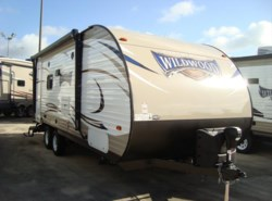 New 2017  Forest River Wildwood X-Lite 232RBXL by Forest River from Camperland Trailer Sales in Conroe, TX