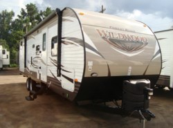 New 2017  Forest River Wildwood 28CKDS by Forest River from Camperland Trailer Sales in Conroe, TX