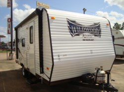 Used 2015  Forest River Wildwood X-Lite 195BH