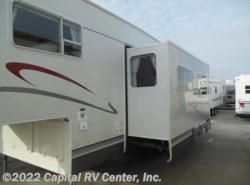 Used 2002  Jayco Eagle 285 by Jayco from Capital RV Center, Inc. in Minot, ND