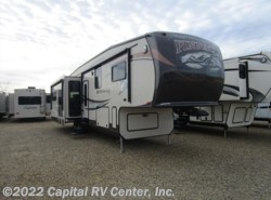 Used 2013  Jayco Pinnacle 36REQS