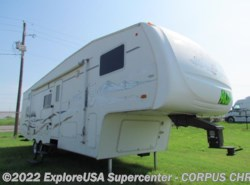 Used 2004  Forest River Wildcat 28BH by Forest River from CCRV, LLC in Corpus Christi, TX