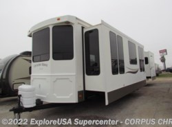 Used 2004  Fleetwood Terry 2952BS by Fleetwood from CCRV, LLC in Corpus Christi, TX