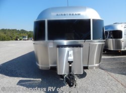 New 2017  Airstream International Serenity 30 Twin by Airstream from Chilhowee RV Center in Louisville, TN