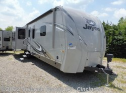 New 2017  Jayco Eagle 338RETS by Jayco from Colerain RV of Cinncinati in Cincinnati, OH