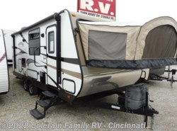 Used 2015  Starcraft Travel Star Expandable 227CKS by Starcraft from Colerain RV of Cinncinati in Cincinnati, OH