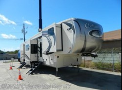 New 2017  Palomino Columbus 386FK by Palomino from Colonia Del Rey RV in Corpus Christi, TX