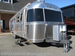 New 2016  Airstream Flying Cloud 30W Queen by Airstream from Colonial Airstream & RV in Lakewood, NJ
