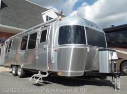 New 2017  Airstream International Signature 28W Queen by Airstream from Colonial Airstream & RV in Lakewood, NJ