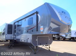 New 2016  Highland Ridge Roamer 347-RES