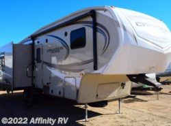 Used 2015  CrossRoads Cruiser Aire 28SE