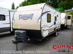 Used 2017  Forest River Wildwood 175FB by Forest River from Curtis Trailers in Portland, OR
