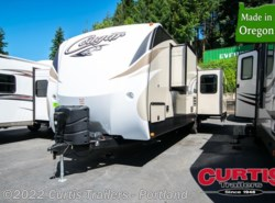 Used 2017  Keystone Cougar Half-Ton 32RESWE by Keystone from Curtis Trailers in Portland, OR