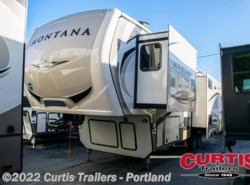 New 2018  Keystone Montana 3120rl by Keystone from Curtis Trailers in Portland, OR