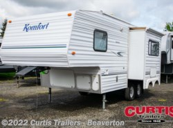 Used 2002  Komfort  KOMFORT 22FS by Komfort from Curtis Trailers in Aloha, OR