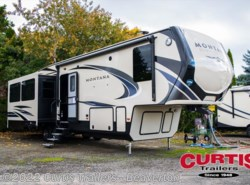 New 2018  Keystone Montana High Country 330rl by Keystone from Curtis Trailers in Aloha, OR