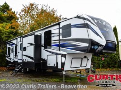 New 2018  Keystone Fuzion 427 by Keystone from Curtis Trailers in Portland, OR