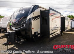 Used 2017  Keystone Outback 328rl by Keystone from Curtis Trailers - Beaverton in Beaverton, OR