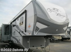 New 2017  Highland Ridge Roamer RF347RES by Highland Ridge from Dakota RV in Rapid City, SD