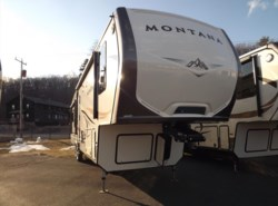 New 2016 Keystone Montana 3720RL available in West Hatfield, Massachusetts