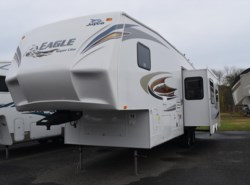 Used 2012  Jayco Eagle Fifth Wheels 305ES by Jayco from Diamond RV Centre, Inc. in West Hatfield, MA