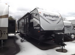 New 2017  Keystone Springdale 38BH by Keystone from Diamond RV Centre, Inc. in West Hatfield, MA