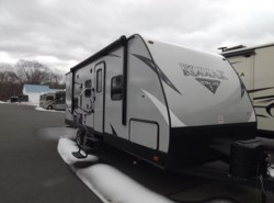 New 2017  Dutchmen Kodiak 233RBSL by Dutchmen from Diamond RV Centre, Inc. in West Hatfield, MA