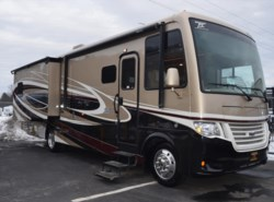 New 2017  Newmar Bay Star 3306 by Newmar from Diamond RV Centre, Inc. in West Hatfield, MA