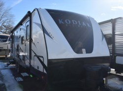 New 2017  Dutchmen Kodiak 288BHSL by Dutchmen from Diamond RV Centre, Inc. in West Hatfield, MA