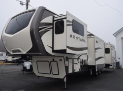 New 2017  Keystone Montana 3731FL by Keystone from Diamond RV Centre, Inc. in West Hatfield, MA