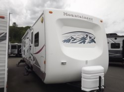 Used 2006  Keystone Montana Mountaineer 335RLBS by Keystone from Diamond RV Centre, Inc. in West Hatfield, MA